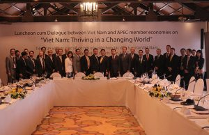 FPT and leading corporations from America, Japan and Europe discuss investment opportunities at APEC Summit