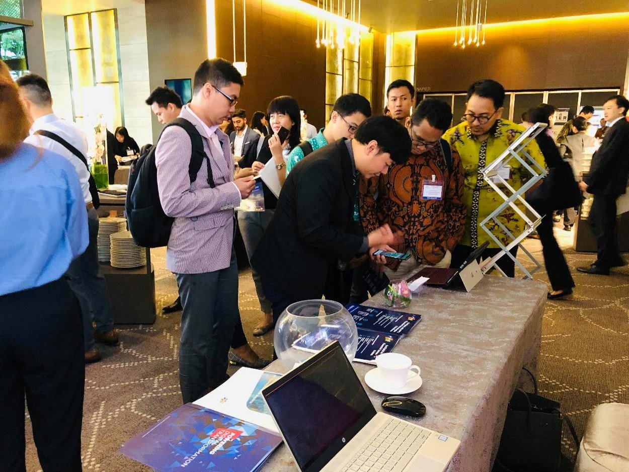 FPT showcases Digital Insurance solutions to leading companies in Asia Insurance Week