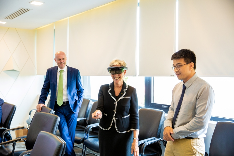 FPT Software Welcomes Victoria Governor