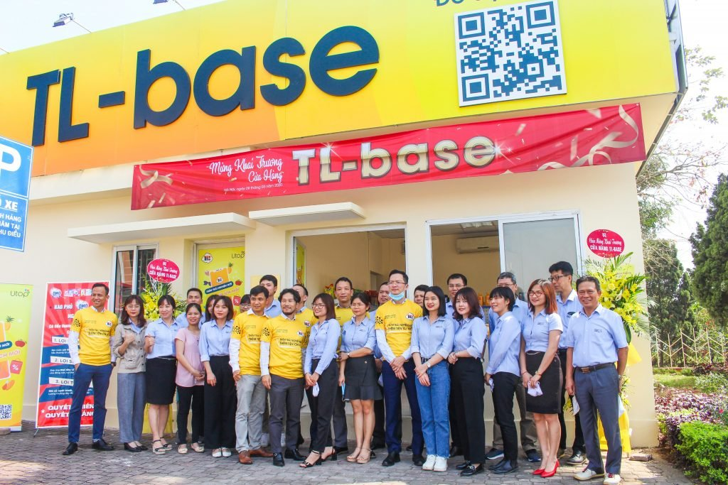 FPT Software's Utop Transforms Shopping Experience in Thang Long Industrial Park